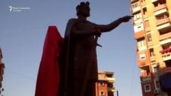 Spomenik knezu Lazaru u Severnoj Mitrovici