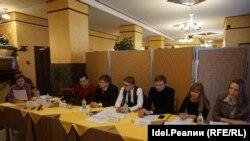 Пресс-конференция клиентов Татфондбанка и Интехбанка