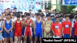 Таҷлили Рӯзи Ваҳдати миллӣ ва Рӯзи олимпӣ дар Душанбе
