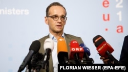 German European Foreign Minister Heiko Maas has pressed Albania and Macedonia to step up the reform process.