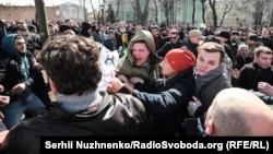 Акція протесту проти президента України Петра Порошенка на його мітингу в Києві, 17 березня