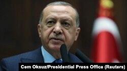 آرشیف، رجب طیب اردوغان رئیس جمهور ترکیه حین سخنران در انقره
