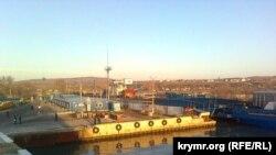Керч, поромна переправа, порт «Крим»