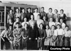 Мустафа Джемилев – ученик 8 класса Мирзачульской средней школы