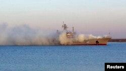 Захват украинского военного корабля в озере Донузлав