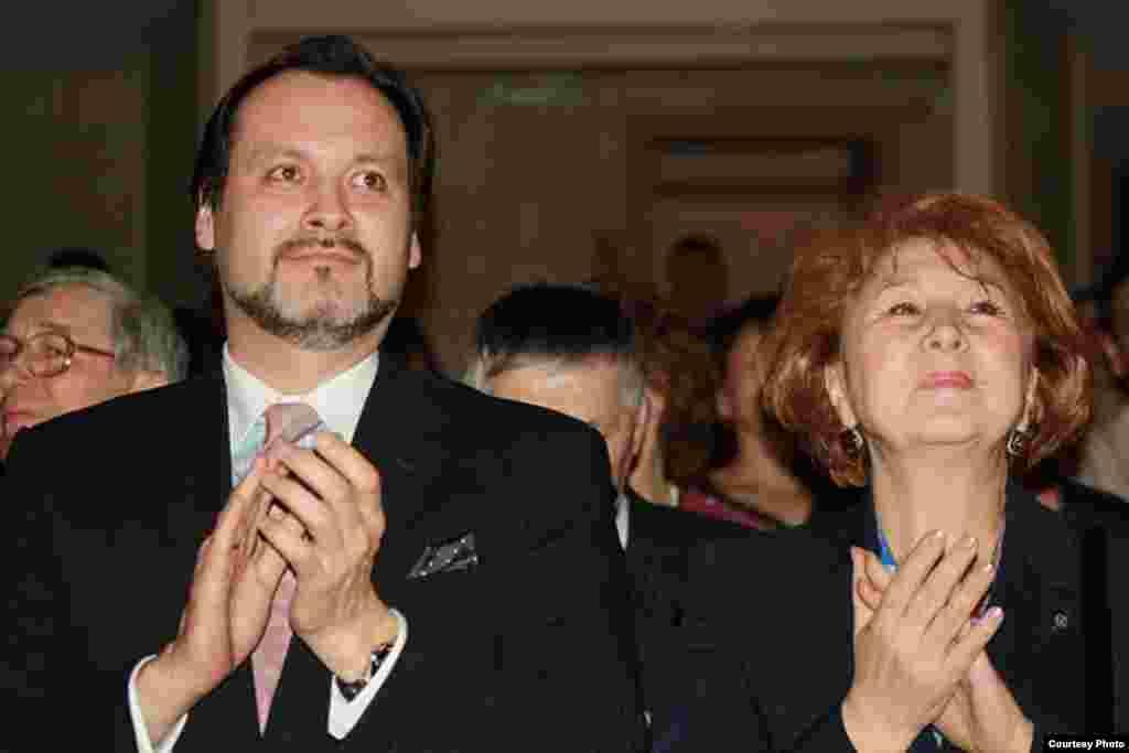 Ике республиканың мәдәният министрлары: Әскар Абдразаков һәм Зилә Вәлиева