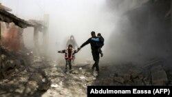 Ghouta Lindore, Siri