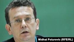 Tonovi koji podsjećaju na neka stara vremena: Asim Mujkić