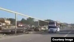 Снос домов ради дороги к кадыровской мечети в поселке Ойсхара (скриншот из видео)