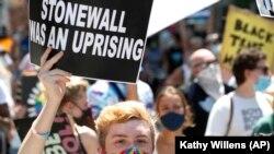ЛГБТ-парад в Нью-Йорке