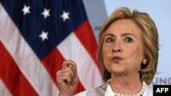 Hillary Clinton, njëra nga kandidatët e demokratëve për garën presidenciale të zgjedhjeve të nëntorit në SHBA