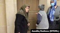 Ahıl qadınlar Xəzər rayon Prokurorluğunun qarşısında