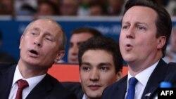 Владимир Путин и Дэвид Кэмерон на олимпийских соревнованиях по дзюдо. Лондон, 2 августа 2012 г