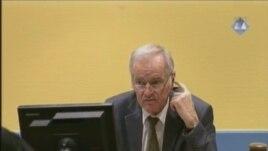 Ratko Mladić u sudnici 15. veljače 2013.