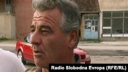 Сабрија Дурмоски, долгогодишен тутунопроизводител од долненското село Дебреште.