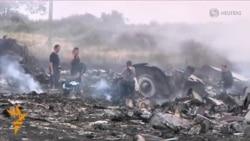 هواپیمای مالزیایی پس از سقوط در شرق اوکراین