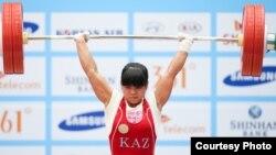 Олимпийская чемпионка Зульфия Чиншанло выиграла на Азиаде серебряную медаль. Инчхон, 21 сентября 2014 года.