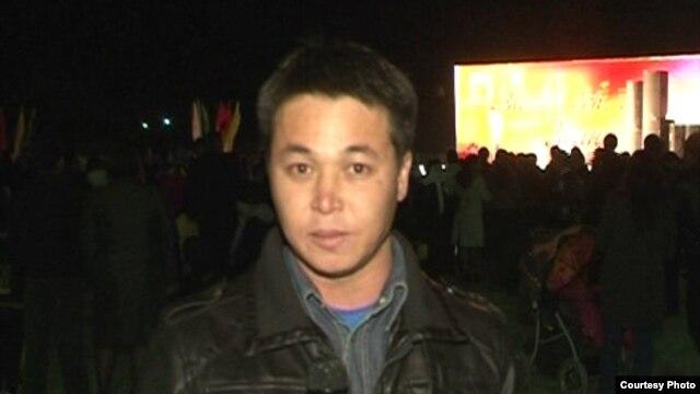 Журналист видеопортала «Стан. ТВ» Оркен Бисенов.