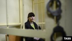 Orsýetiň tussaglykdaky oppozision aktiwisti Taisiýa Osipowa. 28-nji aprel, 2012 ý.