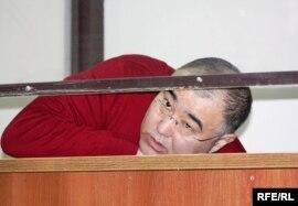 Осужденный бизнесмен Серик Туржанов в зале суда. Астана, 25 марта 2010 года.