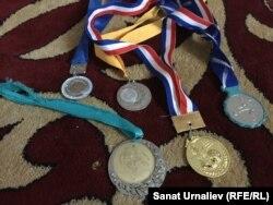 Талғат Төреевтің медальдері.