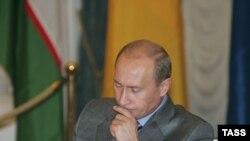 Рост рейтинга Владимира Путина совпал с очередной инициативой по выдвижению его кандидатуры на третий президентский срок