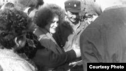 Ліна Костенко з учасниками голодування