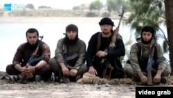 Бывший командир ОМОНа МВД Таджикистана Гулмурод Халимов (второй справа).