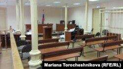 Сегодня в Ингушетии фактически оказалось сорвано заседание Верховного суда, на котором должно было рассматриваться дело ингушского правозащитника Илеса Татиева
