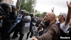 Референдум учурундагы кагылышуулардын бири. 1-октябрь, 2017-жыл.