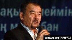 Жүрсін Ерман, ақын. Алматы, 11 ақпан 2012 жыл.