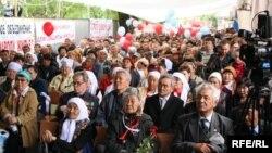 Демократияшыл жұртшылықтың Бірінші Мамырға арналған республикалық жиыны. Алматы, 1 мамыр 2010 жыл.
