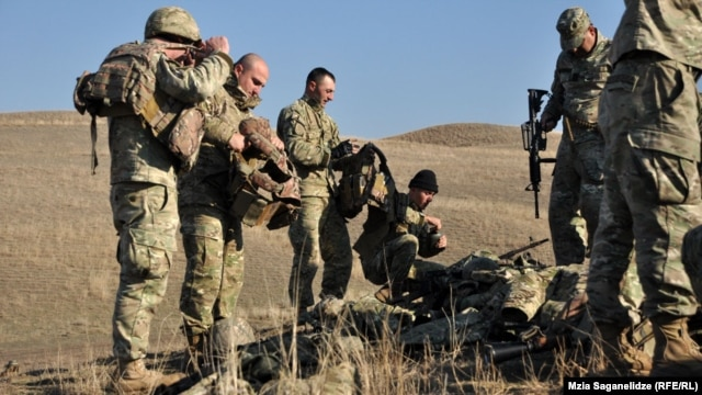 Georgia hopes to gradually phase out conscription and establish fully professional armed forces. (file photo)