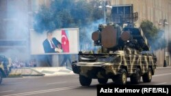 Военный парад в Баку - 2013 год