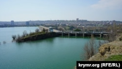 Плотина Симферопольского водохранилища, 30 марта 2017 года