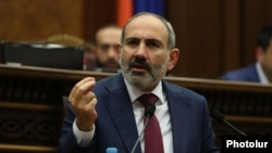 Armenia -- Prime Minister Nikol Pashinian speaks during a parliament debate on constitutional changes, Yerevan, February 6, 2020.