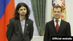 Сотрудник отдела алгебры МИАН Александр Кузнецов удостоен премии президента РФ в области науки и инноваций для молодых ученых за 2008 г