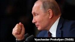Владимир Путин во время пресс-конференции 19 декабря