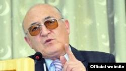 Политолог из Таджикистана Рашид Гани.