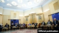 Iran - First Vice President Eshaq Jahangiri meets with Armenian Prime Minister Hovik Abrahamian and six Armenian ministers, Tehran, 20Oct2014.