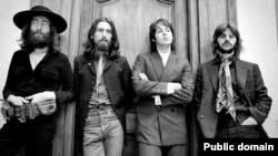 U.K. -- The Beatles meet at John Lennon's Tittenhurst Park home for their final ever photo session, 22Aug1969