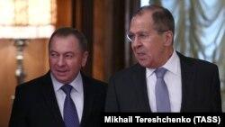 Владимир Макей (слева) и Сергей Лавров на встрече в Москве, 15 ноября 2017 года