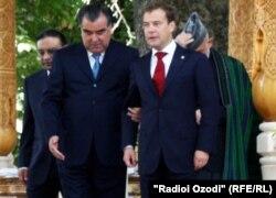 Президенты РФ и РТ в Душанбе на саммите стран СНГ. 2011