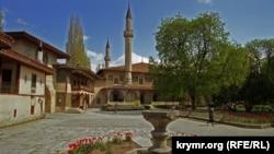 Ханський палац 16-го століття в Бахчисараї – ще одна кримська історична пам'ятка, яка може опинитися під загрозою через повідомлення про сумнівні ремонтні роботи