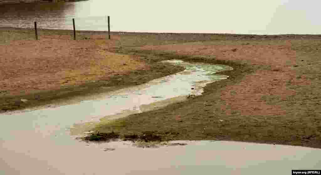 До злиття з морем виснаженій Альмі не вистачило буквально кілька метрів
