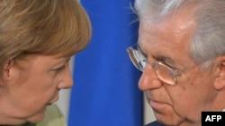 Анґела Меркель і Маріо Монті під час зустрічі в Римі 22 червня 2012 року