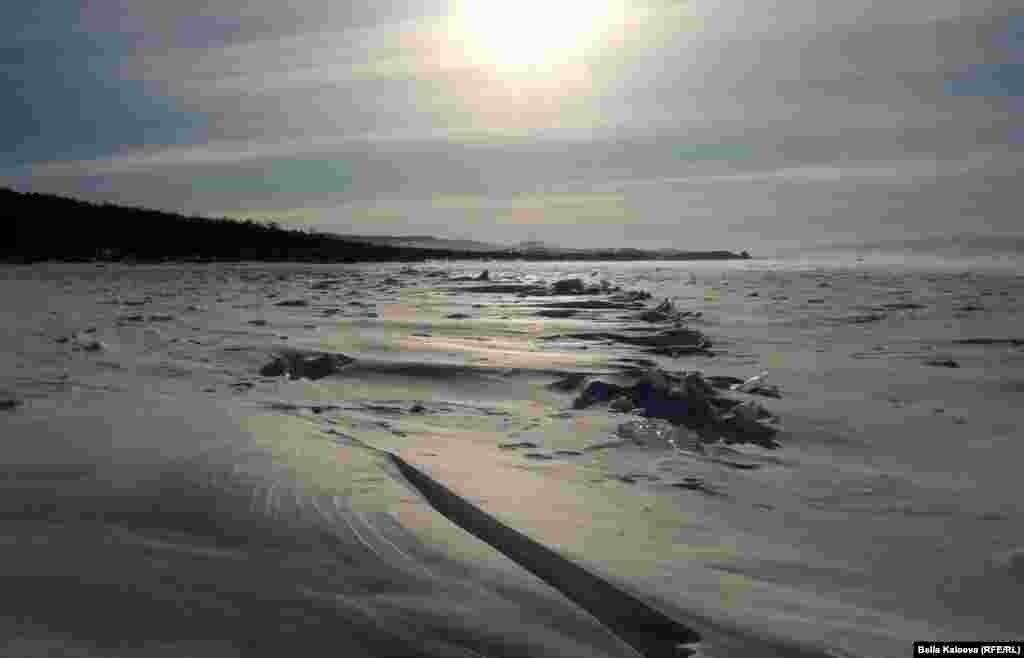 Остров Ольхон, Озеро Байкал