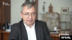 Виконавчий директор Міжнародного фонду «Відродження» Олександр Сушко: «Безпосередньо фонд не сплачував жодній особі за квитки»