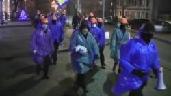 Люди у масках пікетували «Укрзалізницю» за звільненого працівника