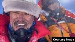 Эдуард Кубатов. Эверест чокусун багынтуу учурунда